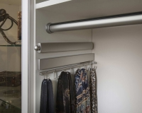 Satin-Nickel-Valet-Rod-Hanging-Rod-Belt-Rack-with-Scarves