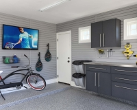 Granite-Workbench-Stainless-Counter-Grey-Slatwall-with-TV-HandiNet-Bike-Smoke-Floor-Arcadia-2013
