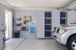 Silver-Sliding-Door-Grey-Slatwall-Silverado-Floor-Barker-2012