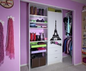 Modern-White-Paris-Girl-Reach-In